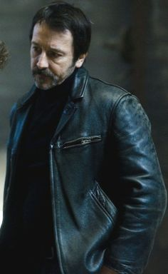 Eddy Caplan Braquo Jean Hugues Leather Jacket by Nancy Crompton, via Behance Leather Jackets Online, Jean Reno, Channeling My Inner, Christmas Deals, Black Leather, Black And White, Magic Box, Third, Cinema