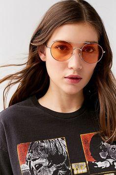 Urban Outfitters Rounded Aviator Sunglasses - perfect aviator sunglasses for a road trip around Arizona. Best Aviator Sunglasses, Aviator Glasses, Stylish Sunglasses, Sunglasses Women, Vintage Sunglasses, Kim Kardashian Sunglasses, Fashion Eye Glasses, Trending Sunglasses, Latest Fashion For Women
