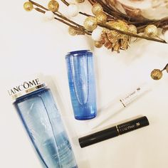Lancôme eye makeup remover mascara bundle This 4-piece bundle includes: full size and travel size Bi-Facil Eye Makeup Remover 4.2 fl oz / 1.7 fl oz + Definicils mascara in black 0.07 fl oz + Cils Booster mascara base 0.07 fl oz. Lancome Makeup