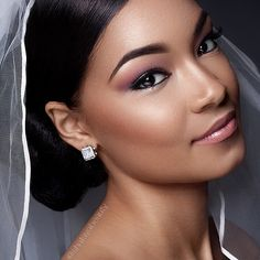 """Fresh and flawless bridal makeup by @shatayabeauty  We are loving this subtle look! Perfect for a spring wedding bride! #blackbridesandweddings…"""