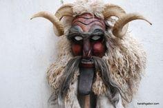 Busójárás Busó farsangi maszk álarc fafaragó Baráth Gábor Mohács Used Tires, Busan, Masquerade, Techno, Folk, Lion Sculpture, Statue, Portrait, Masks