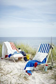 Life's a beach, so enjoy it the summer! Don't forget outdoor furniture when decorating.
