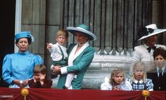 Princess Margaret, Prince William, Prince Harry, Diana, Princess of Wales, Lady Rose Windsor, Lady Davina Windsor, Princess Michael of Kent and Lord Frederick Windsor stand on the balcony of Buckingham Palace following the Trooping the Colour ceremony on June 11, 1988 in London, England. (Photo by Anwar Hussein/Getty Images)