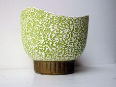 Shawnee Confetti USA Green White Gold Retro Midcentury Modern Triangle Top 1801 | eBay