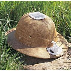 solar safari hat keeps you cool Safari Hat, Safari Theme, Safari Outfits, Safari Clothes, Chicos Fashion, Mens Sun Hats, Safari Adventure, Out Of Africa, British Colonial