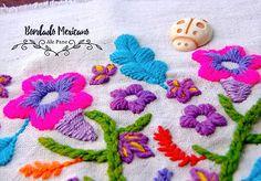 BORDADO MEXICANO - Buscar con Google Mexican Embroidery, Embroidery Motifs, Mandala, Folk, Blanket, Crochet, Inspiration, Google, Needlework