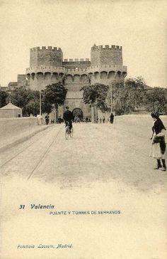 1.902 Vista de las Torres de Serranos desde el puente (Fototipia Lacoste)