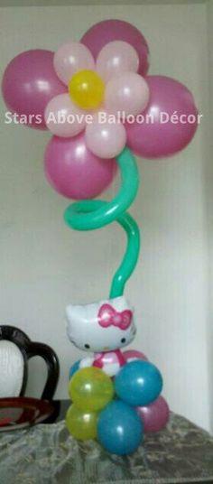 Hello Kitty flower balloon centerpiece