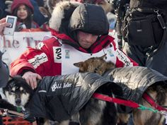 Youngest Iditarod race champion crowned in Nome
