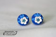 https://flic.kr/p/D5pVAy | Polymer clay stud earrings, filigree technique | www.facebook.com/mountain.pearls
