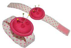 Nadelkissen für den Arm - rosa Nähen Handgelenk Stecknadeln Nähzubehör Armnadelkissen Nadel Nadeln: Amazon.de: Spielzeug