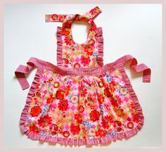 Mother & Daughter FREE Apron Pattern | 5Berries Patterns and DressPatterns4Girls