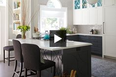 The designer Jean Stéphane Beauchamp explains how he transformed a kitchen into a space for cooking and family entertainment. See how he updated the design using a new palette of colors, luxury materials and Kitchen Reno, Kitchen Dining, Kitchen Remodeling, Remodeling Ideas, Kitchen Ideas, Dining Room, Luxury Kitchens, Home Kitchens, Cuisines Design