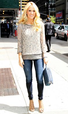 Carrie Underwood looks ready for a happy hour with the gals! Love the glitzy shirt paired with dark denim and heels.