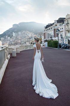 Short wedding dress   itakeyou.co.uk #weddingdress #weddingdresses #bridalgown #weddinggown #weddinggowns