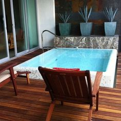 Small patio design courtyards plunge pool ideas for 2019 Small Swimming Pools, Small Backyard Pools, Small Pools, Swimming Pool Designs, Small Patio, Backyard Patio, Backyard Ideas, Mini Piscina, Small Pool Design