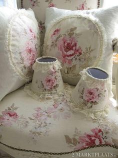 Nice shabby chic - if I could do this myself....?