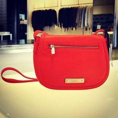 <3 a primera vista #Prune #Red #Shopping #Love