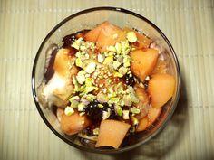 Inghetata Cu Dulceata De Capsune / Ice Cream With Strawberry Jam
