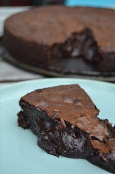 Kladdkaka deluxe med Dumle och Oreos is part of Dessert recipes - Fudgy Brownie Recipe, Oreo Brownies, Brownie Recipes, My Dessert, Dessert Drinks, Baking Recipes, Snack Recipes, Dessert Recipes, Yummy Treats