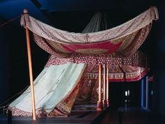 The roof and side wall of a three-masted tent Ottoman, 17 Century Armory Inventory number Y 0364 Material and Technique Cotton fabric in plain weave, applications from Atlas silk, cotton fabric and gilded leather; gag wood, carved Mass Dimensions when set up: Overall length (without bracing) approximately 17.95 m width (without the second side wall) approximately 7.80 m height about 5,60 m