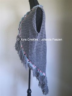 #PATR1067 #Xyra #xyracreaties #vest #Boho #Ibiza #Bohemian #gilet #haakpatroon #patroon #haken #gehaakt #crochet #pattern #crochetpattern #DIY #Omslagdoek #haakpatroon #patroon #haken #gehaakt #crochet #pattern #poncho #DIY #shawl #wrap #scarf Patroon PATR1067 (NL) is beschikbaar via: Pattern PATR1067 (English-US) is available at: www.xyracreaties.nl www.ravelry.com/stores/xyra-creaties www.etsy.com/shop/XyraCreaties