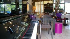 Rigoletto Records, aperitivo con Giordano Sangiorgi al Caffè Marchesi