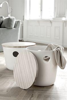 """Kählers sofabord """"Unit"""". Smukt, stilrent og rummeligt. Bord, stol og opbevaring i ét. What's not to like."""