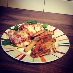 Pizza topped chicken and paprika chips - OMG delicious!