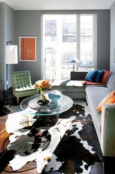 Home Tour: An Airy Manhattan Apartment, Designed to Sell via @domainehome