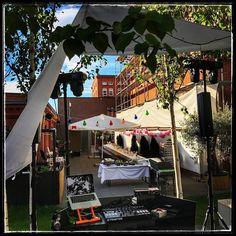 Open Air Hochzeit im (fast) Herzen von München tolle Location die sich weiterentwickelt hat...  https://089DJ.com #089DJ #perkins #djmünchen #topdjmünchen #eventdj #djservice #münchen #wedding #hochzeit #munich #amazing #hochzeitsmusic #eventservice #partyforall #djbooking #djmix #mixtape #livemix #livemixing #deephouse #independent #picoftheday #like4like #follow4follow #instagood #musicmonday #followme #instadaily #instalike #followmetoo