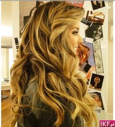 Can I have her hair please!