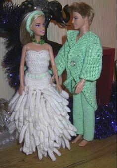 Crochet Barbie Clothes, Crochet Dolls, Doll Clothes, Barbie Style, Barbie Wedding, Barbie Dolls, Marie, Creations, Dressing