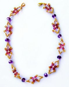 Free pattern for beaded necklace Nocturne   U need: seed beads 11/0 pearl beads 3 mm bicone 4 mm rondelle 6-8 mm