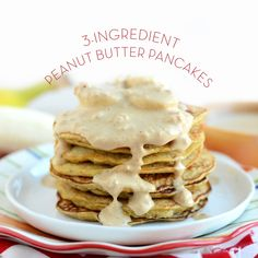 I have a secret. I didn't actually use any peanut butter in this recipe. I USED PEANUT FLOUR! I got a reader request to make more recipes using peanut flour. I used to eat peanut flour … Peanut Butter Pancakes, Peanut Flour, Peanut Butter Protein, Applesauce Pancakes, Banana Pancakes, Pancakes And Waffles, Protein Pancakes, Healthy Waffles, Pumpkin Pancakes