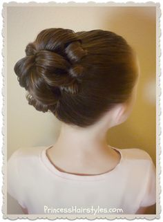 Easy and quick topsy tail bun tutorial. Only one elastic and no bobby pins! Prom Hairstyles For Long Hair, Dance Hairstyles, Short Hair Updo, Princess Hairstyles, Little Girl Hairstyles, Easy Hairstyles, Short Hair Styles, Hairdos, Long Haircuts