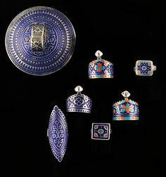 Pakistan | Set of 7 silver, enamel and mirror (the big one that you can only see the back of) rings | 350 € ~ sold