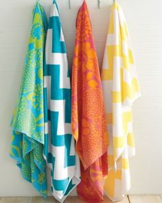 There is just something about giant bright beach towels.. they just make me happy! #garnethill #summerstyle