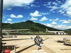 Who's just landed?   #cairnsairport #wednesdaywanderlust #exploretnq #visitqueensland #avgeek #runway #plane #traveler #fly #flight#sunnyday  by: @hareru_ojisan