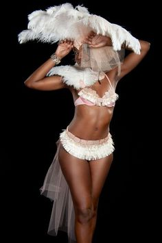 http://www.realmas.com/costumes/section3/