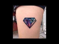 Tatuajes pequeños de diamantes para hombre y mujer