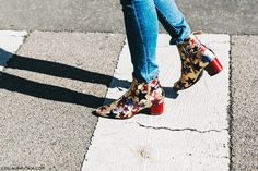 Milan Fashion Week -Spring Summer 2016 - Street Style -Say Cheese -Tommy Hilfiger Boots Milan Fashion Week Street Style, Milan Fashion Weeks, Sock Shoes, Shoe Boots, Ankle Boots, Tommy Hilfiger Boots, Collage Vintage, Walk This Way, Mode Vintage