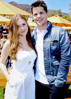 Holland Roden and Max Carver Max Carver, Max And Charlie Carver, Carver Twins, Teen Wolf Stydia, Teen Wolf Cast, Teen Wolf Twins, Lydia Martin, Hollywood, Actors & Actresses