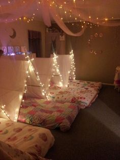 Such a cute idea for a girls slumber party. Totally bringing the mattresses down to the basement instead of sleeping bags!
