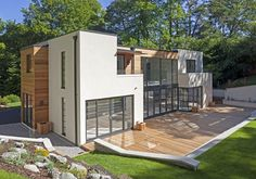 Four bedroom contemporary modernist property in Farnham, Surrey