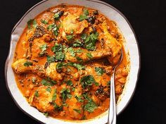 Easy 30-Minute Pressure Cooker Chicken and Chickpea Masala | Serious Eats : Recipes