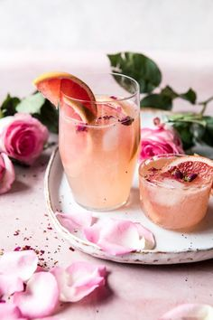 Rose and Ginger Paloma Recipe Summer Cocktails, Cocktail Drinks, Cocktail Recipes, Craft Cocktails, Popular Cocktails, Recipes Dinner, Fancy Drinks, Yummy Drinks, Paloma Recipe