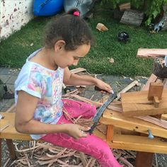Kids too can be mesmerised by the action of a Drawer Knife. She is not alone!