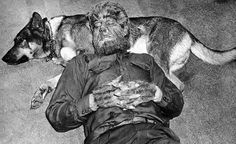 """Lon Chaney Jr. and his dog MOOSE taking a break on the set of """" Frankenstein meets the Wolfman """" ( 1943 ) The WOLFMAN Make-Up was made up from the talent of JACK PIERCE."""