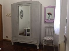 l'armadio della stanza romantica, tutto restaurato da me
